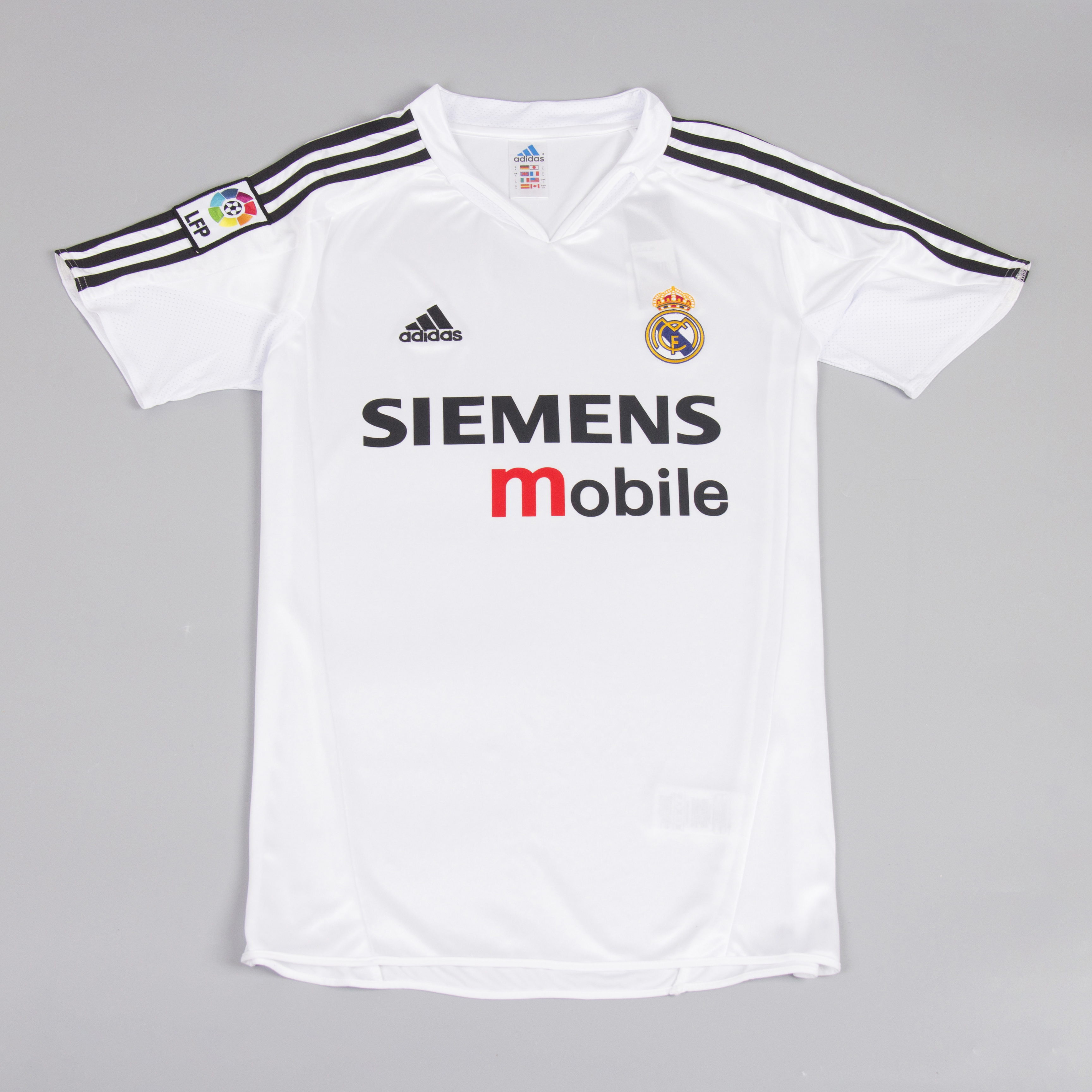 classic fit f7bf9 215e1 Real Madrid 2004-2005 Short Sleeve