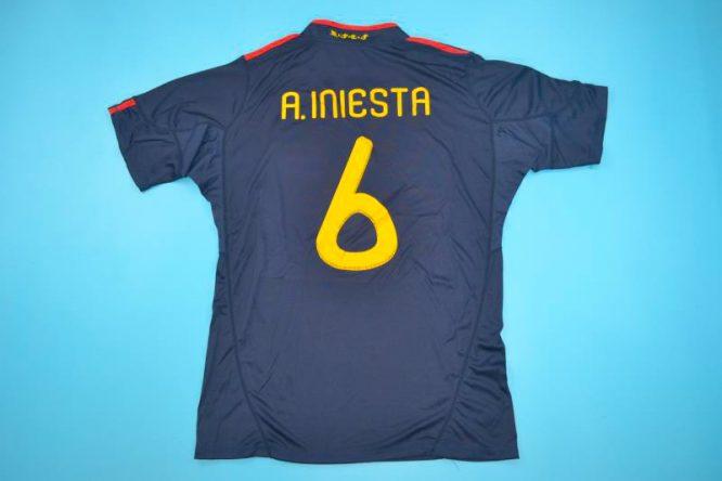 Iniesta Back, Spain 2010 World Cup Final Away