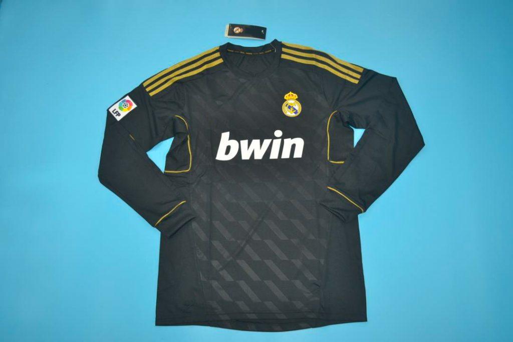 Real Madrid 2011-2012 Away Long-Sleeve Football Shirt [As worn by Kakà, Özil & Ronaldo]