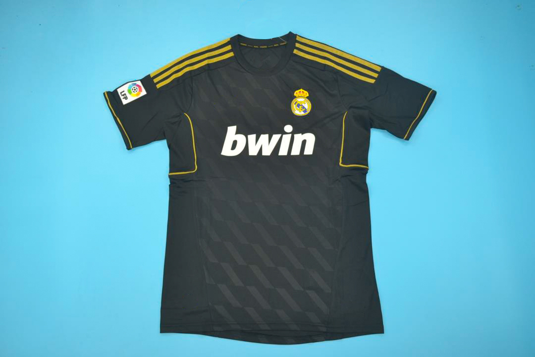 Real Madrid 2011-2012 Away Short Sleeve Football Shirt [As worn by Di Maria, Özil & Ronaldo]