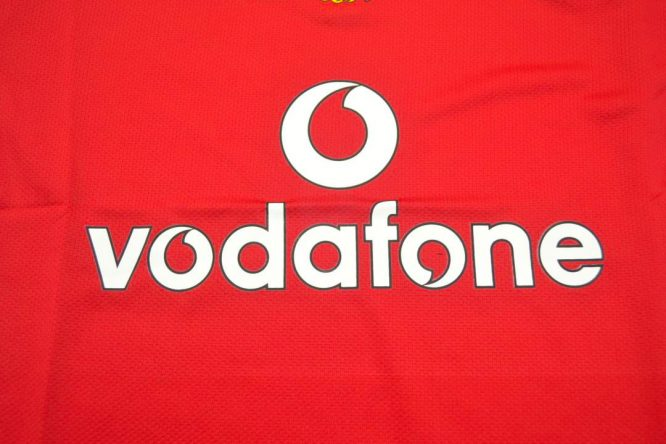 Vodafone Sign, Manchester United 2005-2006 Short-Sleeve