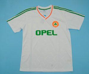 Front Shirt, Ireland 1990 Away