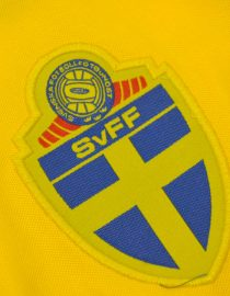 Jersey Sweden Emblem, Sweden 1994 Home Short-Sleeve