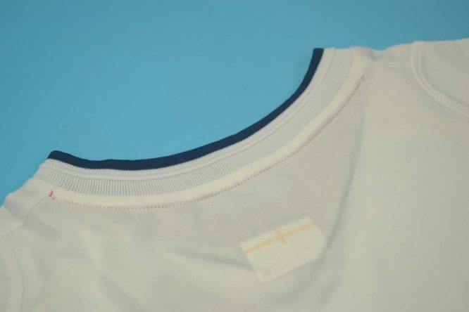 Shirt Collar Back, England 2002 Home Short-Sleeve
