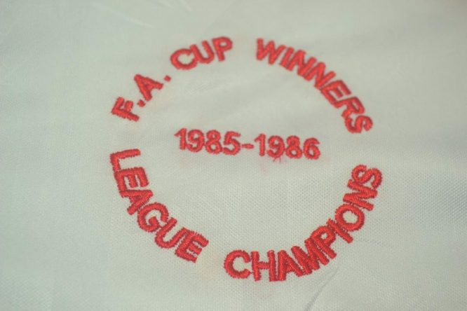 Shirt Winners Emblems, Liverpool 1985-1986 Away