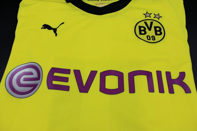 Shirt Front Closeup, Borussia Dortmund 2012-2013 Winter Christmas Long-Sleeve