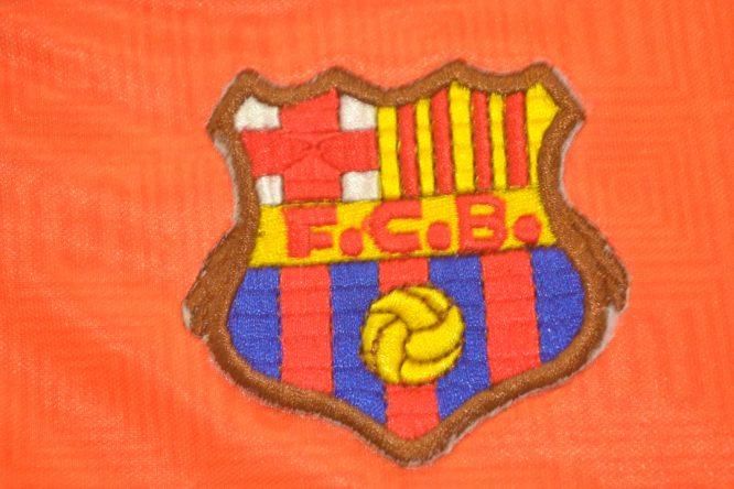 FC Barcelona 1991-1992 Away Short Sleeve Football Shirt [As worn by Guardiola, Koeman & Stoichkov]