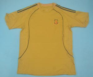 Shirt Front, Spain 2008 Gold Short-Sleeve Kit